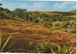 ILE MAURICE - CHAMAREL - TERRE DES  7 COULEURS - Mauritius