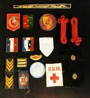 ( Militaria ) Lot écussons Blasons Galons Passementrie Militaire Ne Pas Subir 1C.A. VIRM S.B.M. - Blazoenen (textiel)