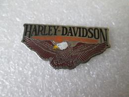 PIN'S   HARLEY DAVIDSON  USA  AIGLE - Motorfietsen