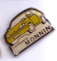 V74 Pin's Citroën Ou Peugeot Carrosserie Monnin Besançon Doubs Achat Immédiat - Citroën