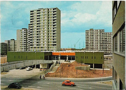 CPSM - LUDWIGSHAFEN A. Rh. - Plingstweide (voiture Rouge) - Ludwigshafen