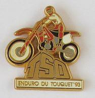 1 Pin's MOTOCROSS - ENDURO DU TOUQUET 93 Signé STARPIN'S 93 - Motorfietsen