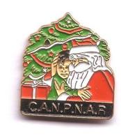 RR239 Pin's Père Noël Christmas 92 Canpnar C.A.N.P.N.A.R Service Suivi Poste Canada Achat Immédiat - Post