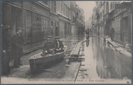 Macon , Inondations De Janvier 1910 , Rue Carnot , Animée - Macon