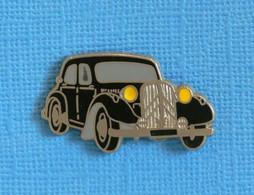 1 PIN'S //  ** CITROËN / TRACTION AVANT 15-SIX ** . (Corner Coinderoux Paris) - Citroën