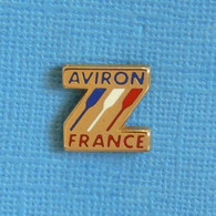 1 PIN'S //  ** AVVIRON FRANCE / TRICOLORE ** - Rowing