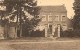 Bellinghen-bij-Halle : Institut St. Joseph/rusthuis Voor Dames En Kostschool Voor Jongetjes Van 3 Tot 9 Jaar./ Pastorij - Halle