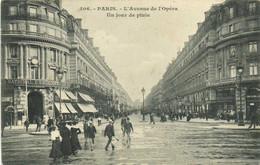 PARIS  L'Avenue De L' Opera Un Jour De Pluie Recto Verso - Distretto: 02