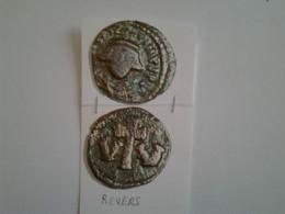 Dekanouniom Constant II Tête  De Face Rv / Croix Entre Deux V Emise A Carthage - 8. El Bajo Imperio Romano (363 / 476)