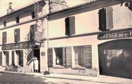 16 - CHATEAUNEUF SUR CHARENTE / RUE GUY BARRAT ET HOTEL DES 3 PILIERS - Chateauneuf Sur Charente