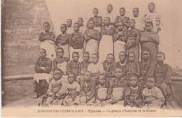 N°6782 R -cpa Mozambique -Nyassa- Un Groupe D'colières De La Mission- - Mozambique