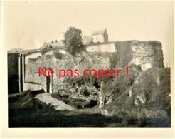 PHOTO ALLEMANDE Du 4 G. Regt. Zu Fuß - LE CHATEAU - FORTERESSE DE HAM PRES DE MUILLE VILLETTE SOMME -  GUERRE 1914 1918 - 1914-18