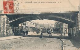 Lille EC 2 Fives Belle Vue,le Pont Du Chemin De Fer 2 Trams TBE - Lille