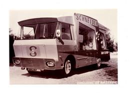 PHOTOGRAPHIE ORIGINALE N&B - TOUR DE FRANCE - VEHICULE PUBLICITAIRE - PUB PUBLICITÉ:  SCHNEIDER - RADIO  - 1960 - Automobile