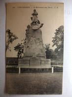 Carte Postale Vincennes (94) Le Monument Aux Morts (Petit Format Noir Et Blanc Non Circulée ) - Vincennes
