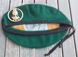 Basco Verde Vintage Guardia Di Finanza Primi Anni '80 Originale Completo - Police & Gendarmerie