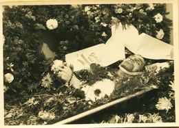 14418 - Carte Photo POST MORTEM  Ancienne - LE DEFUNT DANS SON CERCUEIL  10,2 X 14,5 Cm - Altri Fotografi