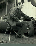 JOHN SPRINZEL  21*17CM MOTOR RACING RACE Car Course D'automobiles - Auto's