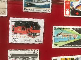 CAMBOGIA MEZZI ANTINCENDIO 1 VALORE - Briefmarken