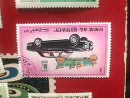 EMIRATI ARABI AUTOMOBILI 1 VALORE - Briefmarken