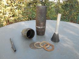Militaria. Obus  Allemand. 7,5 Cm. Vide Et Inerte. Charge Creuse. WW2. 1939 1945 - Otros