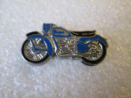 PIN'S    MOTO  PEUGEOT  Zamak  HELIUM - Motorfietsen