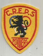 écusson Tissu , C.R.E.P.S  Poitiers ,  Sports ,  Frais Fr 1.55 E - Patches