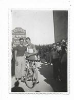 84-AVIGNON-Cité Louis Gros, Grand Prix Cycliste, A. De Winter Et Bonnet...14.7.1936  (photo 6x9) - Avignon