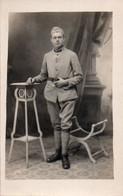 V10Mé  Carte Photo Militaire Soldat Du 16eme Regiment - Uniformen