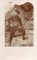 V10Mé  Carte Photo Militaire Soldat Du 157 Eme Regiment De Chasseurs - Uniformen