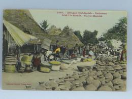 CPA - Afrique Occidentale - Dahomey - Porto Novo - Sur Le Marche - Dahomey