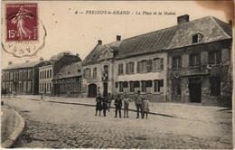 CPA Fresnoy-le-Grand - La Place De La Mairie (1062199) - Andere Gemeenten