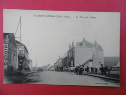 BLANZY Les MINES ( 71 ) La Place De SAVIGNY - Sonstige Gemeinden