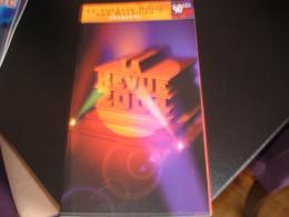 PROGRAMME DE LA REVUE 2004- THEATRE ROYAL DES GALERIES - BRUXELLES - Programmes
