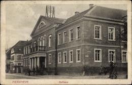 CPA Herxheim In Der Südlichen Weinstraße, Blick Auf Das Rathaus - Cartoline