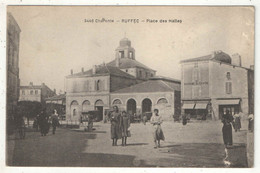 16 - RUFFEC - Place Des Halles - Braun 3446 - Ruffec