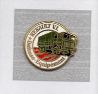 Pin's  Arthus  Bertrand, Militaire, Automobile  RENAULT  V.I  Défense - Equipement - Arthus Bertrand