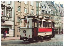 Stadtwerke Augsburg - Zweiachsiger Strassenbahn-Gelenktriebwagen Nr. 14 Bj. 1898 In Der Maximilianstr. Am 2.3.1981 - Tram