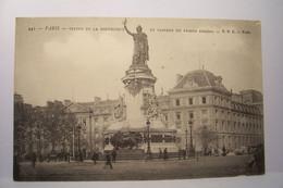 PARIS   - Statue De La République Et Caserne Du Prince Eugène - District 10