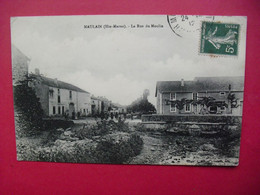 MAULAIN  (Hte-Marne)  -  La Rue Du Moulin - Fayl-Billot