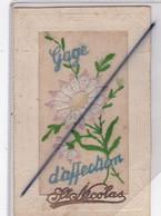 Gage D'affection , Saint Nicolas . Carte Brodée Et Bord Gaufré - Bestickt