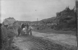 CARTE PHOTO ALLEMANDE  CHEMIN DES DAMES 1918  SOLDATS ALLEMANDS - Other Municipalities