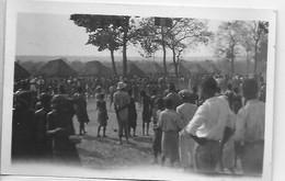 [ CONG ]  Congo Belge   --    (  11   )  Carte Photo à Identifier -  Animation Dans Un Village - Congo Belga - Altri