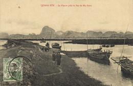QUANG YEN  Le Fleuve Près Du Bac De My Sono + Timbre 5c Indochine Recto Verso - Vietnam