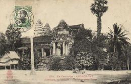 Ex Cambodge ANGKOR VAT Alentours Du Temple Première Plate Forme + Timbre 5c Indochine Recto Verso - Cambodia