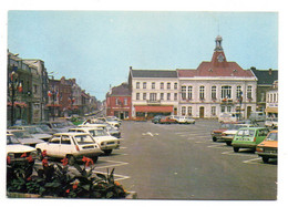 ANICHE-- 1987-- Grand Place --L'hôtel De Ville ( Voitures Dont Renault,Peugeot, Simca ) ..à Saisir - Other Municipalities