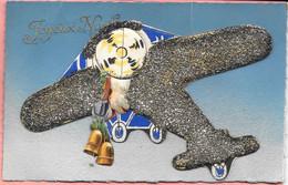 Carte Avec Découpis Joyeux Noël Avion Père Noël Derrière Hélice Monté Sur 3 Onglets Mobiles Paillettes Noires Brillantes - Unclassified