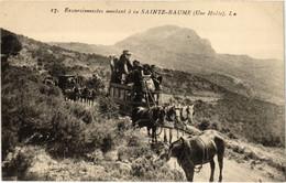 CPA Excursionnistes Montant A La Ste-BAUME (987354) - Saint-Maximin-la-Sainte-Baume