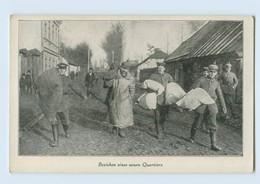 F900/ Beziehen Eines Neuen Quartiers  1. Weltkrieg AK  Ca.1915 - Guerra 1914-18
