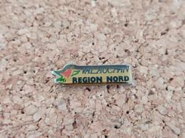 PINS MARQUE MAGASIN AUCHAN VAL AUCHAN REGION NORD - Trademarks